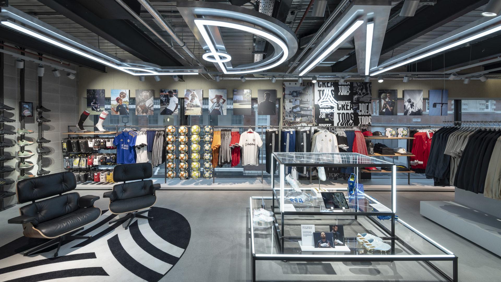 Adidas_Store_London_Oxford_10_2019 (1251 von 2547)